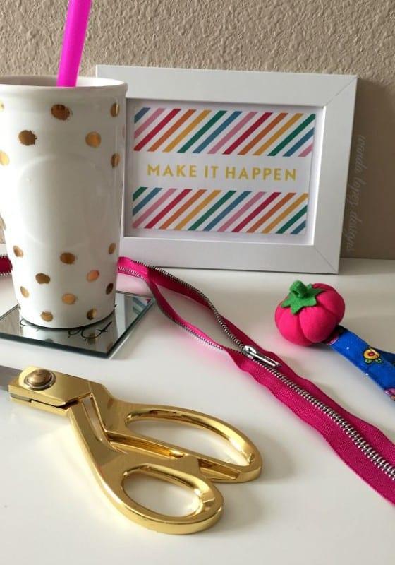 Capture your ideas and make it happen (card from Lara Casey) / Golden dots ceramic coffee tumbler from Starbucks / Stay Creative! #wandalopez #WLD
