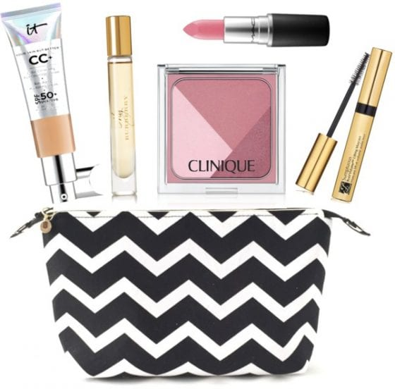 5 Makeup Bag Essentials you need in your life / find out more about them at wandalopez.com - blog